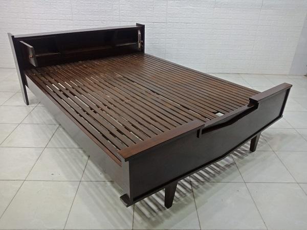 Giường gỗ Trắc cũ SP007380