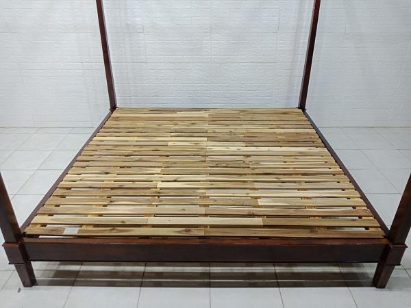 Giường gỗ Tràm cũ SP007088