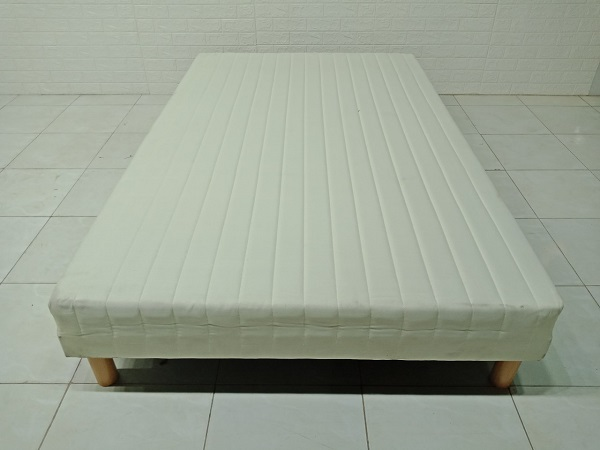 Giường gỗ cao su cũ SP007434