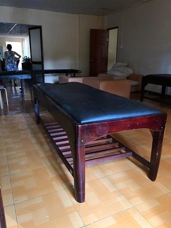 Giường massage gỗ SP012553