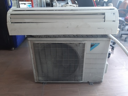 Máy lạnh Daikin 2.0 HP ETE50LV1V   SP012658