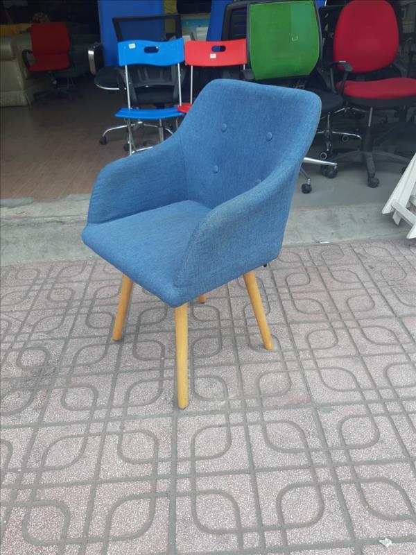 Ghế ngồi nệm cũ SP012367