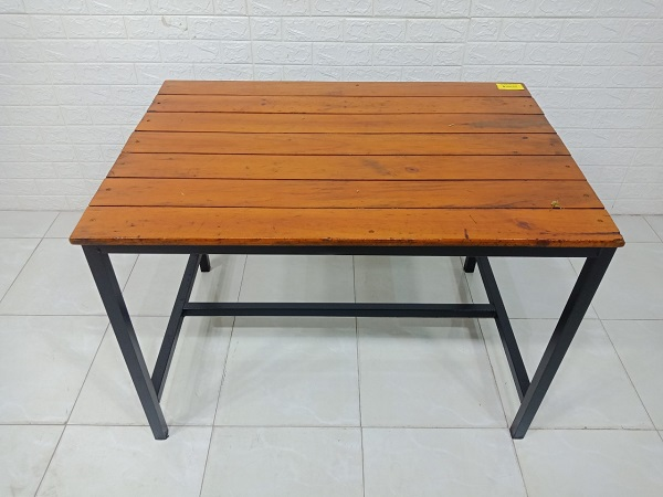 Bàn ăn gỗ cao su cũ SP007527.1
