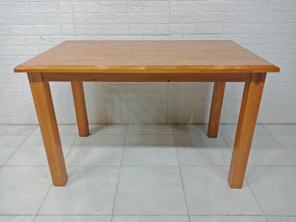 Bàn ăn gỗ cao su cũ SP007738.1