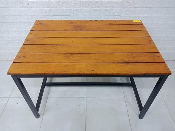 Bàn ăn gỗ thông cũ SP007527.2