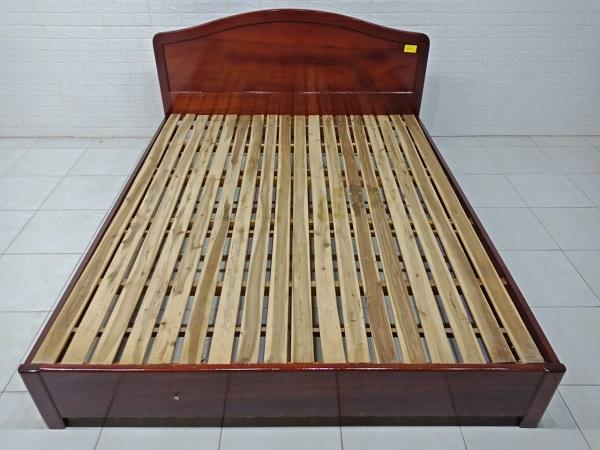Giường gỗ Thao lao SP007750