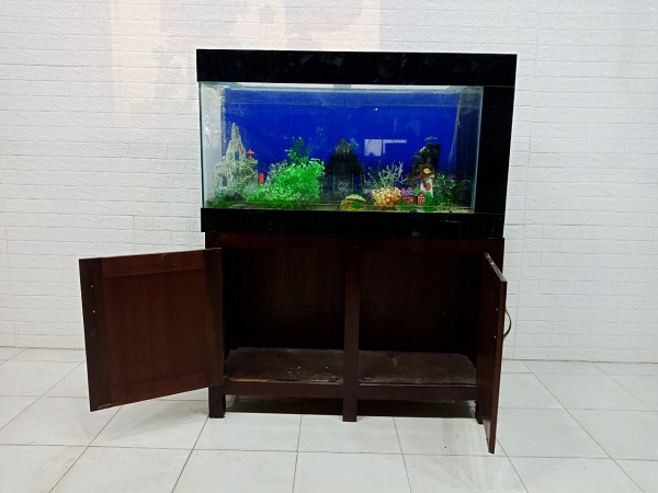 Tủ hồ cá gỗ Xoan đào cũ SP007603