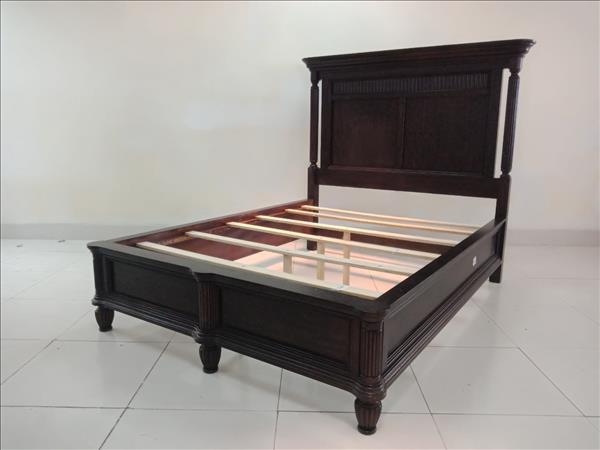 Giường cũ  SP011834