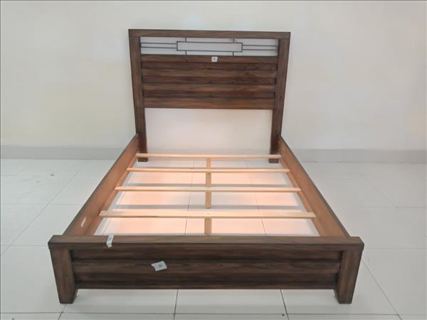 Giường cũ  SP011845