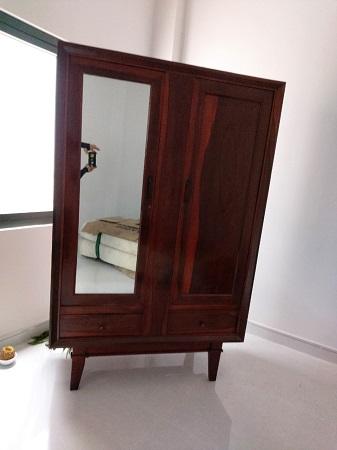 Tủ quần áo gỗ tự nhiên cũ SP015585