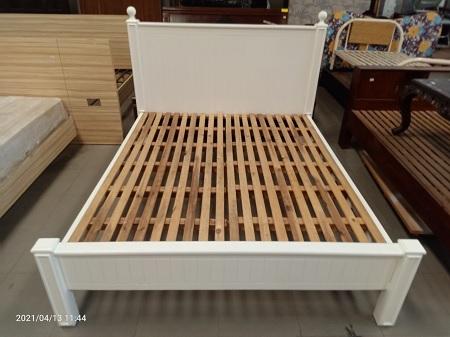 Giường  gỗ MDF cũ SP015613