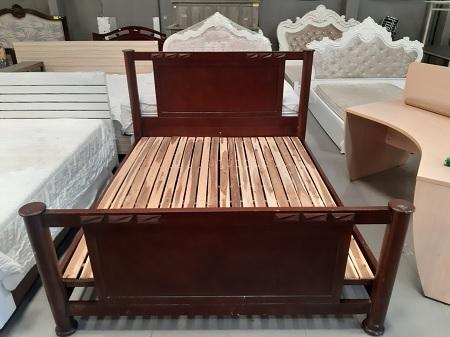 Giường  gỗ tự nhiên cũ SP015670