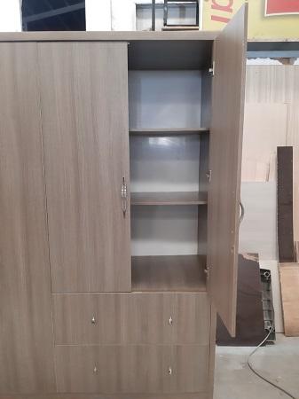 Tủ quần áo cũ SP015658