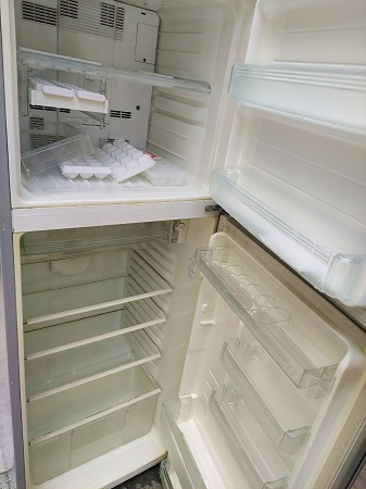 Tủ lạnh Sharp 270 Lít SJ-430MN-SL cũ SP015704