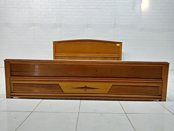 Giường gỗ Muồng vàng cũ SP007913