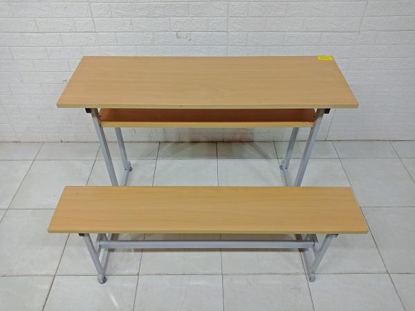Bàn học sinh SP008125