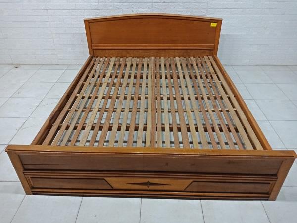 Giường gỗ Muồng vàng SP007913