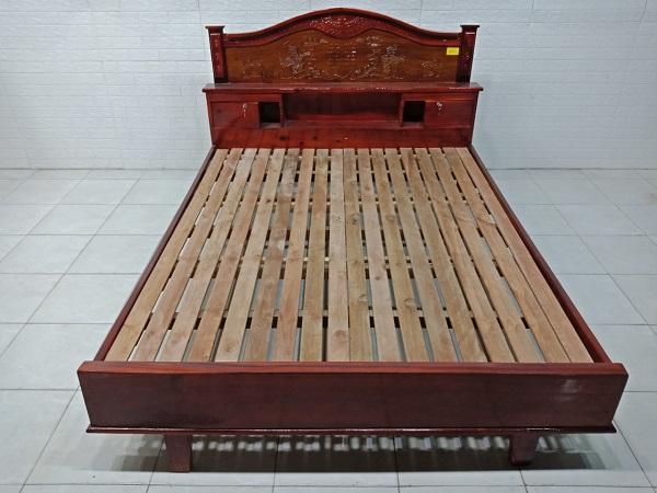 Giường gỗ Tràm bông vàng cũ SP008026