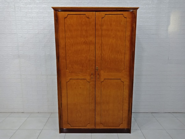 Tủ quần áo gỗ cao su cũ SP007456