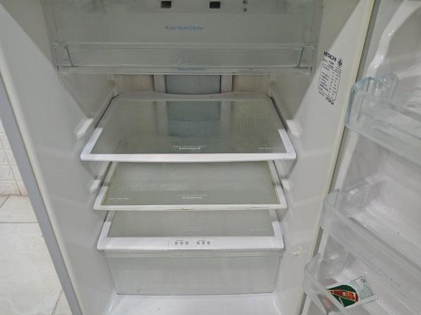Tủ lạnh Hitachi R-Z190S cũ