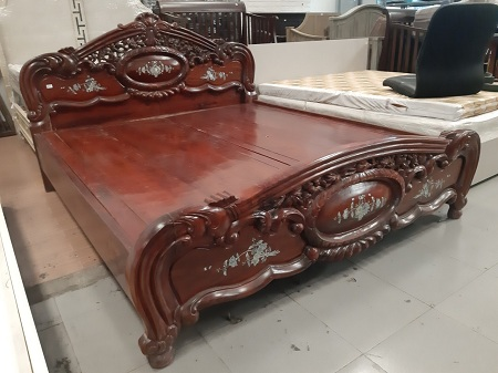 Giường gỗ cũ SP012663
