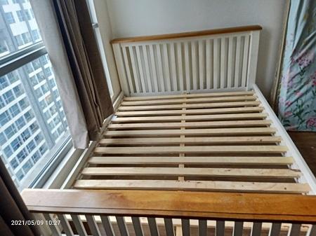 Giường gỗ tự nhiên cũ SP015769