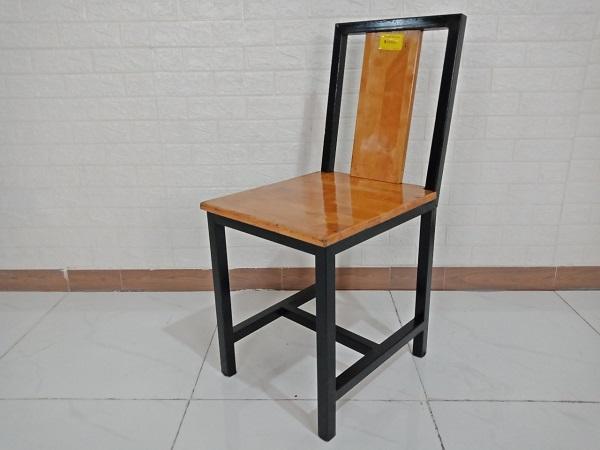 Ghế bàn ăn gỗ cao su cũ SP008432