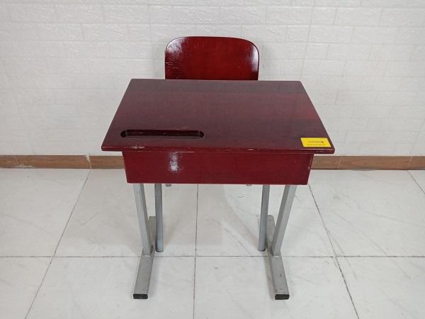 Bộ bàn ghế học sinh cũ SP008446