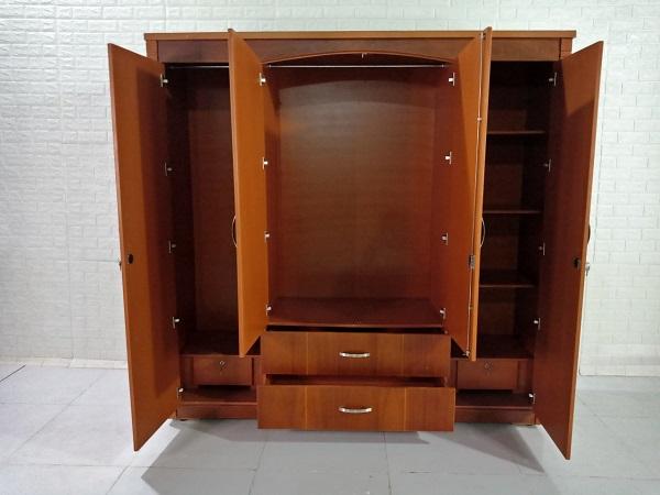 Tủ quần áo cũ SP008328