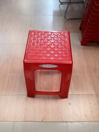 Ghế nhựa cũ SP013366
