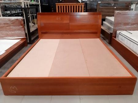 Giường cũ SP013386