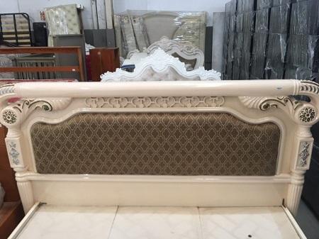 Giường  gỗ MDF cũ SP015989
