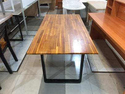 Bàn ăn gỗ tự nhiên cũ SP015953