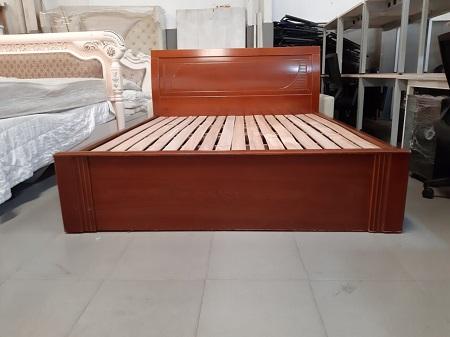 Giường  gỗ MDF cũ SP016021