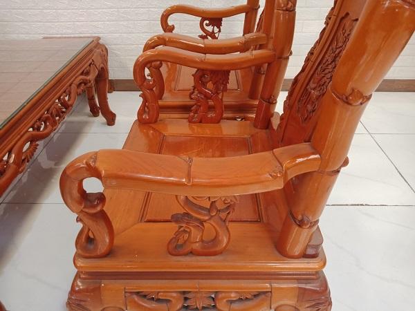 Bộ sofa gỗ Pơ mu cũ SP008746