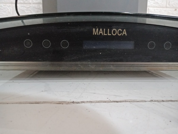 Máy hút khói Malloca MC1070 cũ