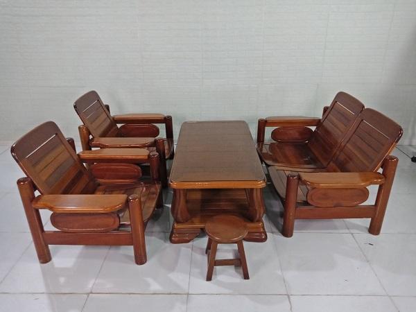 Bộ sofa gỗ Dầu gió cũ SP008640