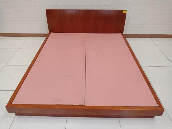 Giường gỗ cũ SP008407.1