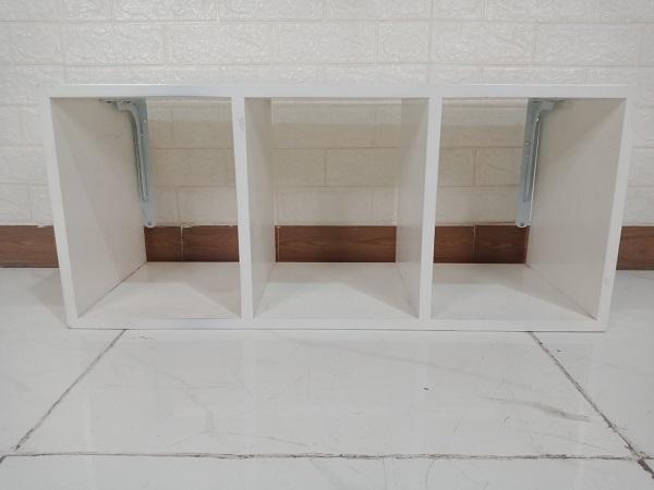 Kệ treo tường cũ SP008716.2