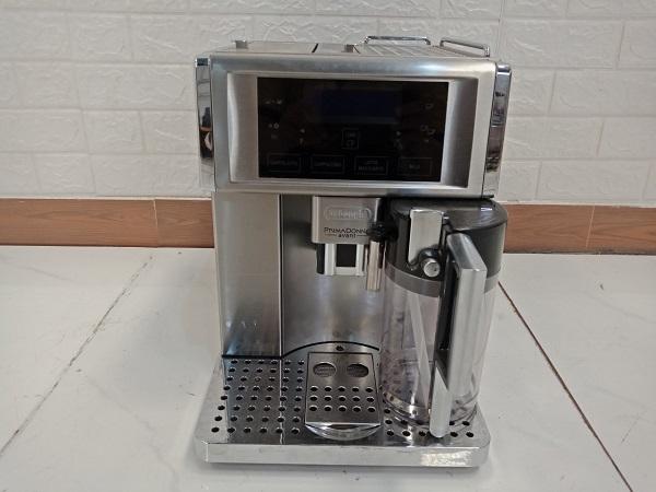 Máy pha cafe DeLonghi ESAM6700 cũ