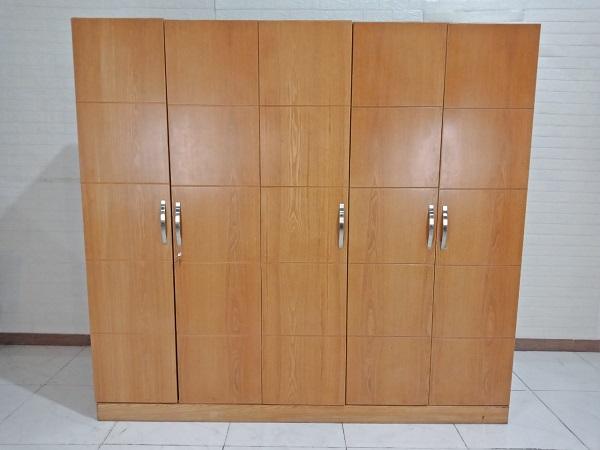 Tủ quần áo cũ SP008782