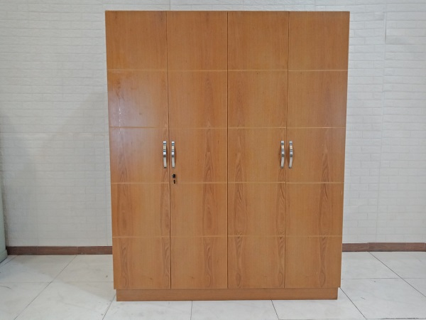 Tủ quần áo cũ SP008783