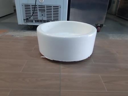 Chậu rửa Lavabo CAESAR cũ SP016062
