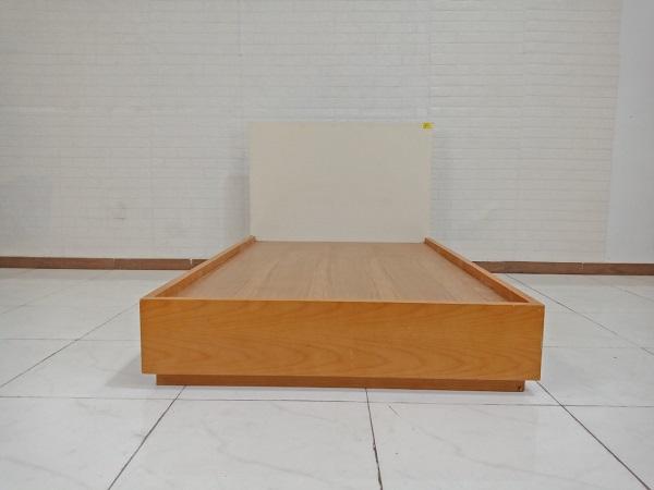 Giường gỗ cũ SP009217.1