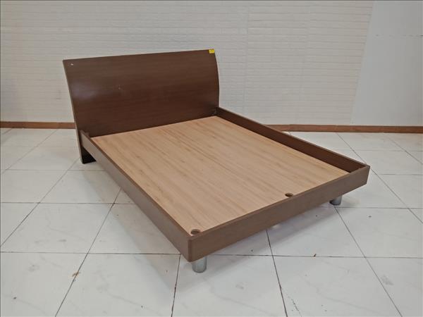 Giường gỗ cũ SP009407.1