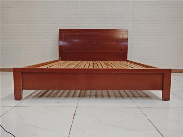 Giường gỗ cũ SP009407