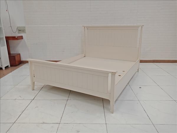 Giường gỗ thông cũ SP009687