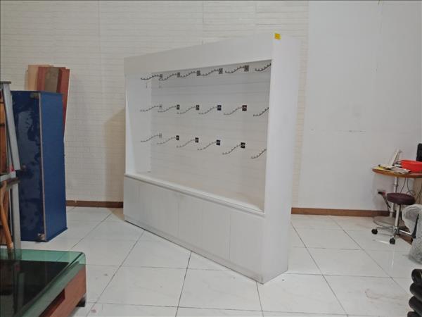 Kệ trưng bày cũ SP009409