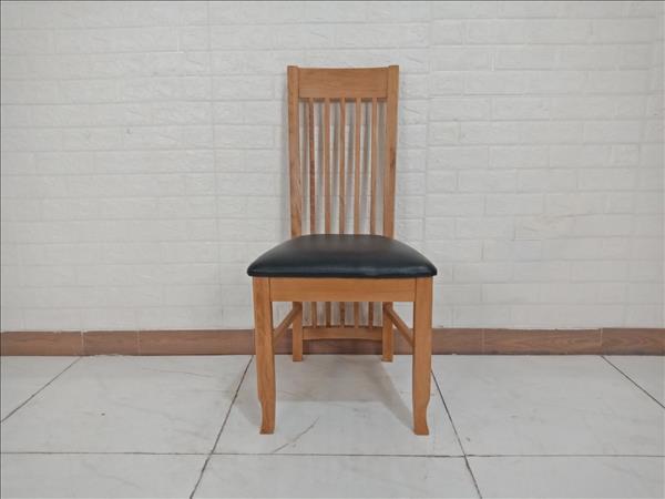 Ghế bàn ăn gỗ Sồi UMA cũ SP009658