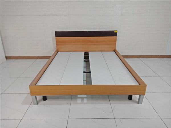 Giường gỗ cũ SP009482.1